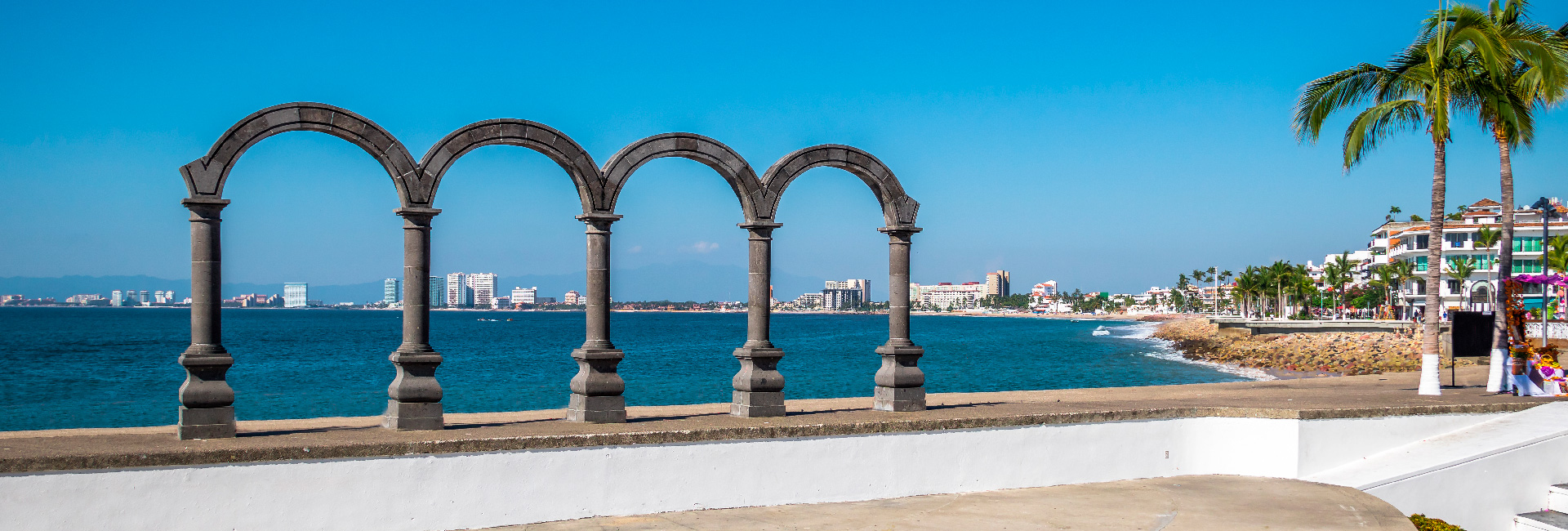 The malecon of puerto vallarta and why it is worth a visit1920x650