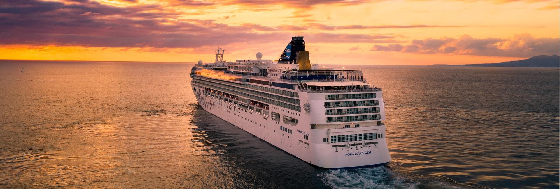 Puerto vallarta cruise ships