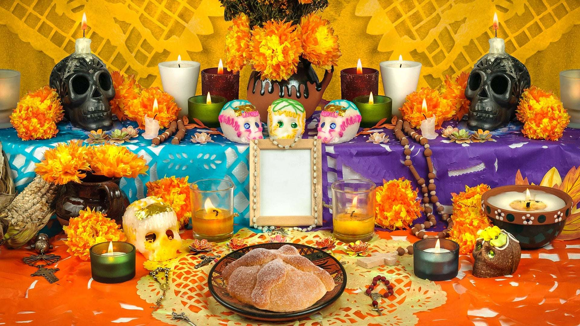 Day Of The Dead Altar Ideas