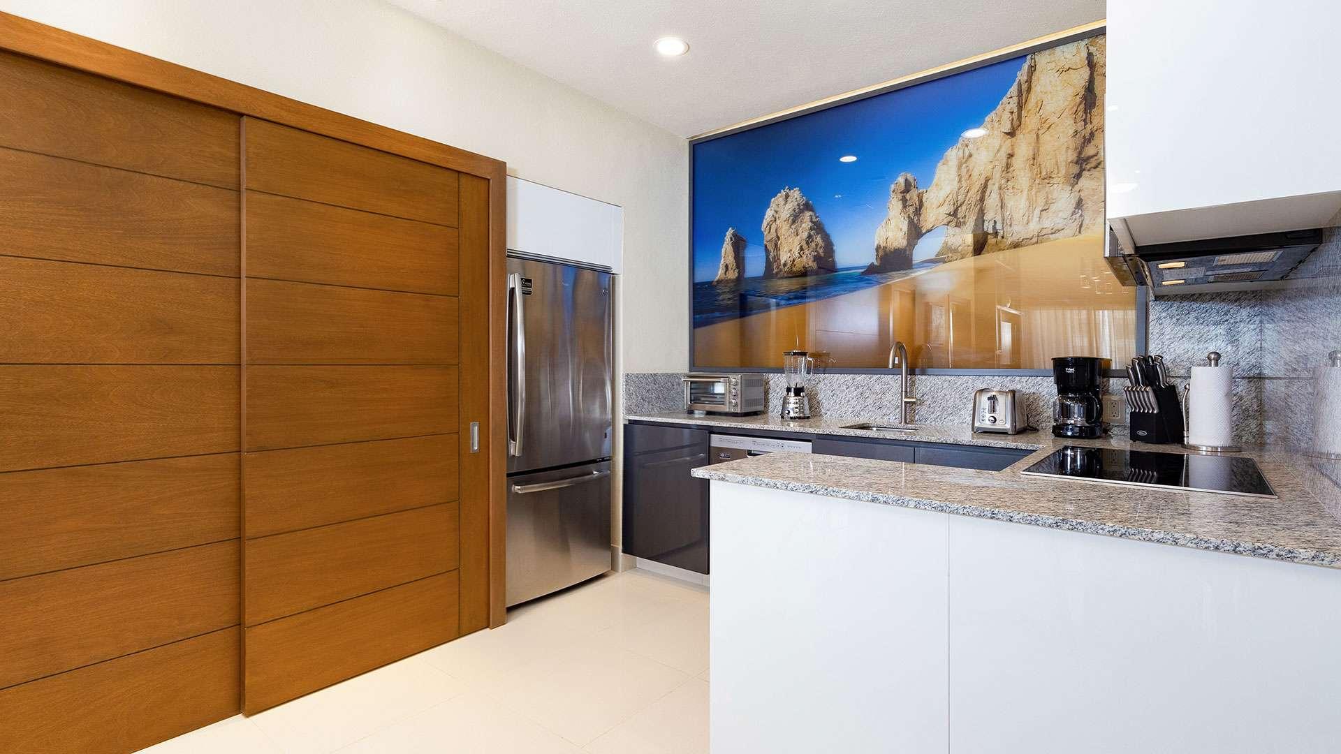 Villa La Valencia Suite