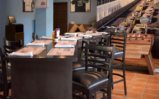 Villa del mar puerto vallarta wings sports bar 2