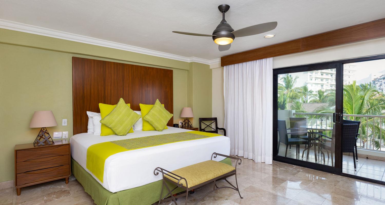 Villa del palmar puerto vallarta deluxe one bedeoom suite 1