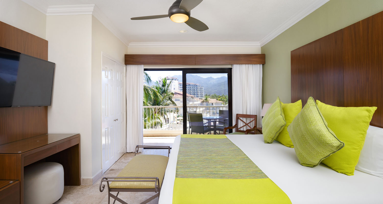 Villa del palmar puerto vallarta deluxe two bedeoom suite 2