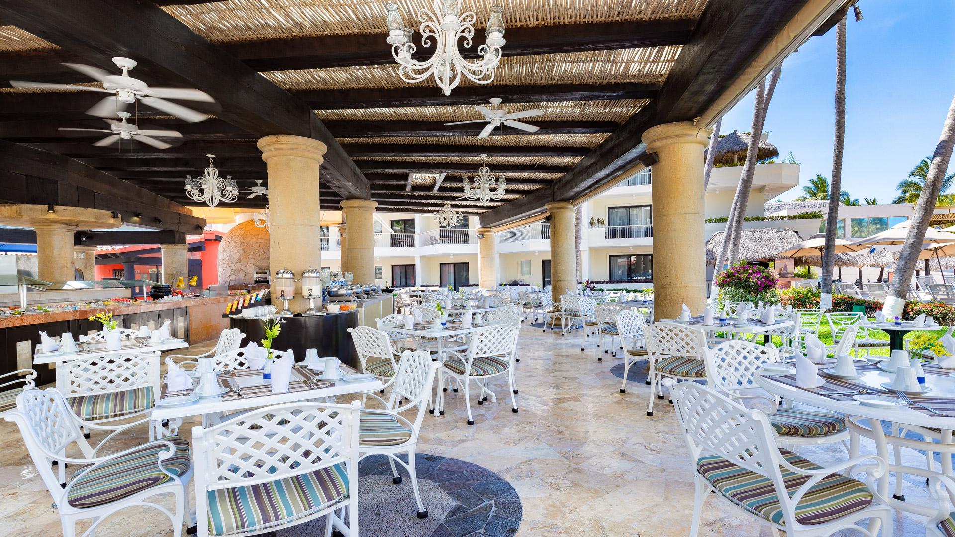 Villa del palmar puerto vallarta the market