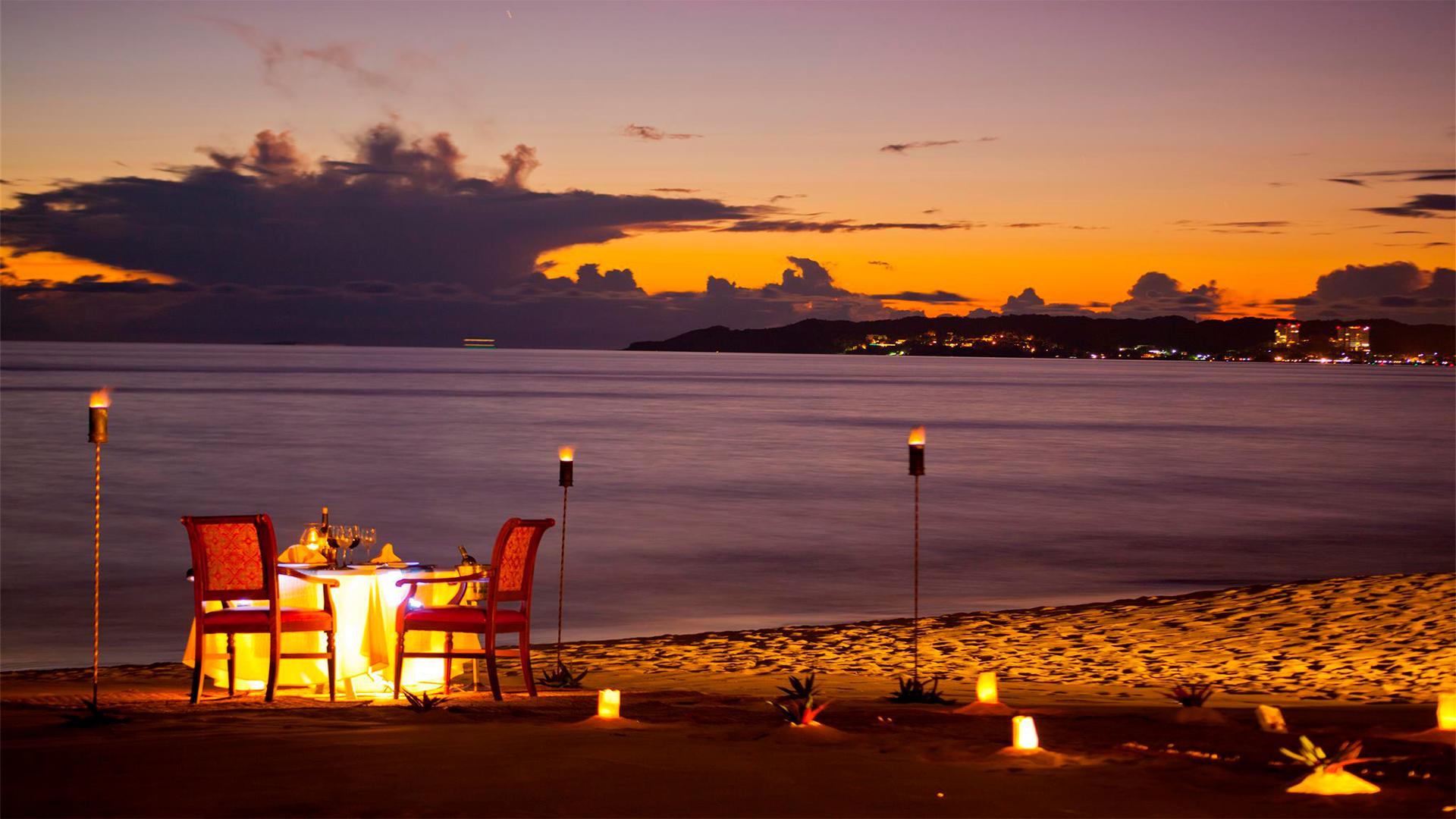 Sunset dinner 03